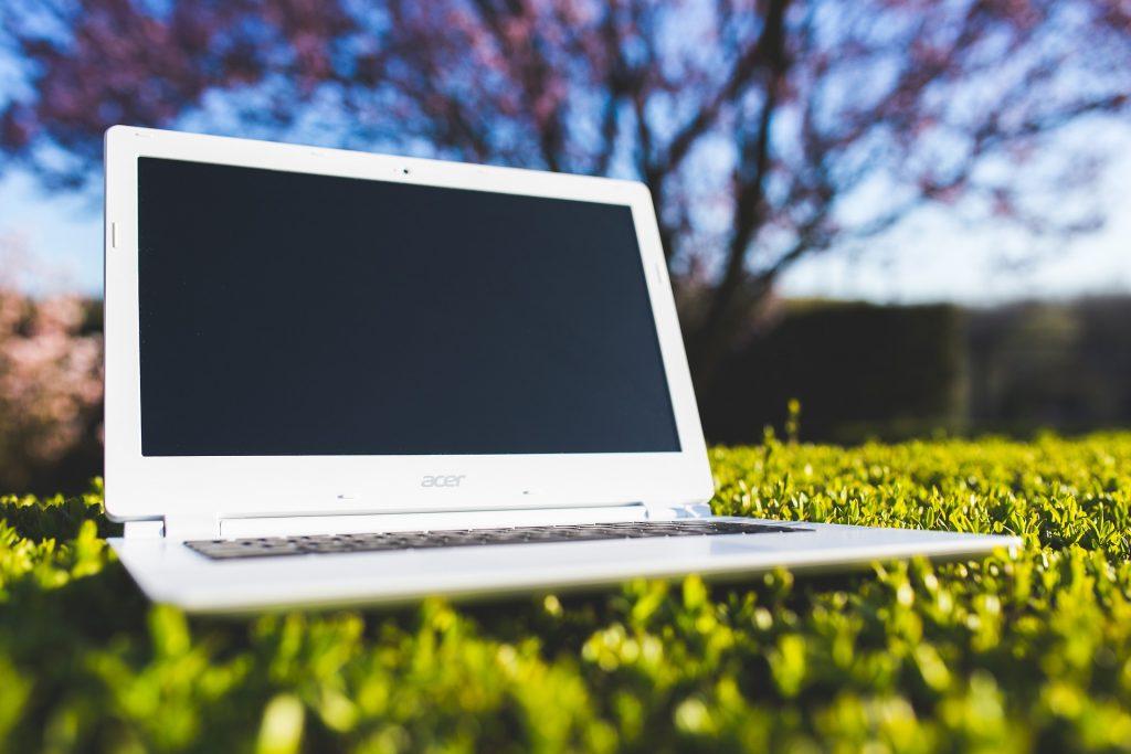laptop-762548_1920